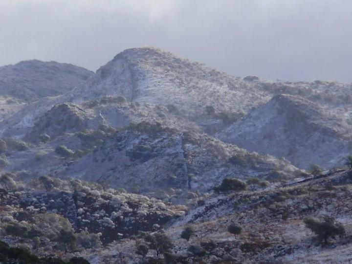Alpa Corral cerro blanco nevado zoom