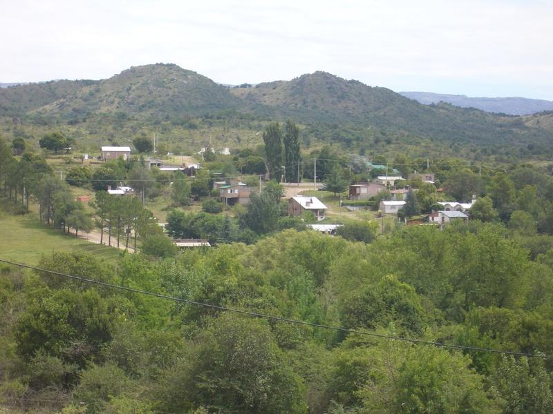 Alojamiento Cabañas Alpa Corral Los Alcornoques vista al pueblo