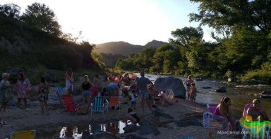 Fotos de Alpa Corral playa con gente