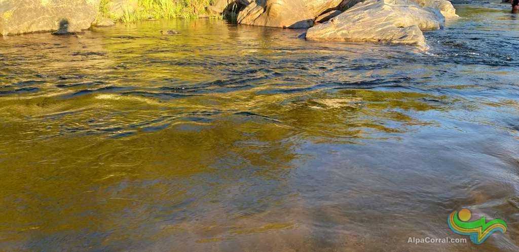 Fotos de Alpa Corral aguas transparentes
