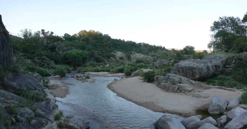 cabanas el talita alpa corral el puesto hermosas playas del rio el talita